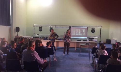 Visita missionaria nelle scuole della città